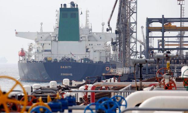 iran-petrolio-cina, Piattaforma petrolifera iraniana– Credits: ATTA KENARE/AFP/Getty Images